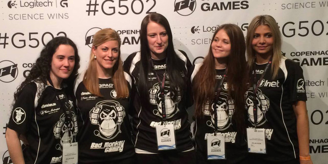 "Bad Monkey Gaming fr.v: Sonia ""Sonia"" Garcia (no longer in the team), Irene ""iRene"" Sanchez, Therese ""Lillsan"" Pettersson, Julia""Juliano"" Kiran, Zainab ""zAAz"" Turkie"