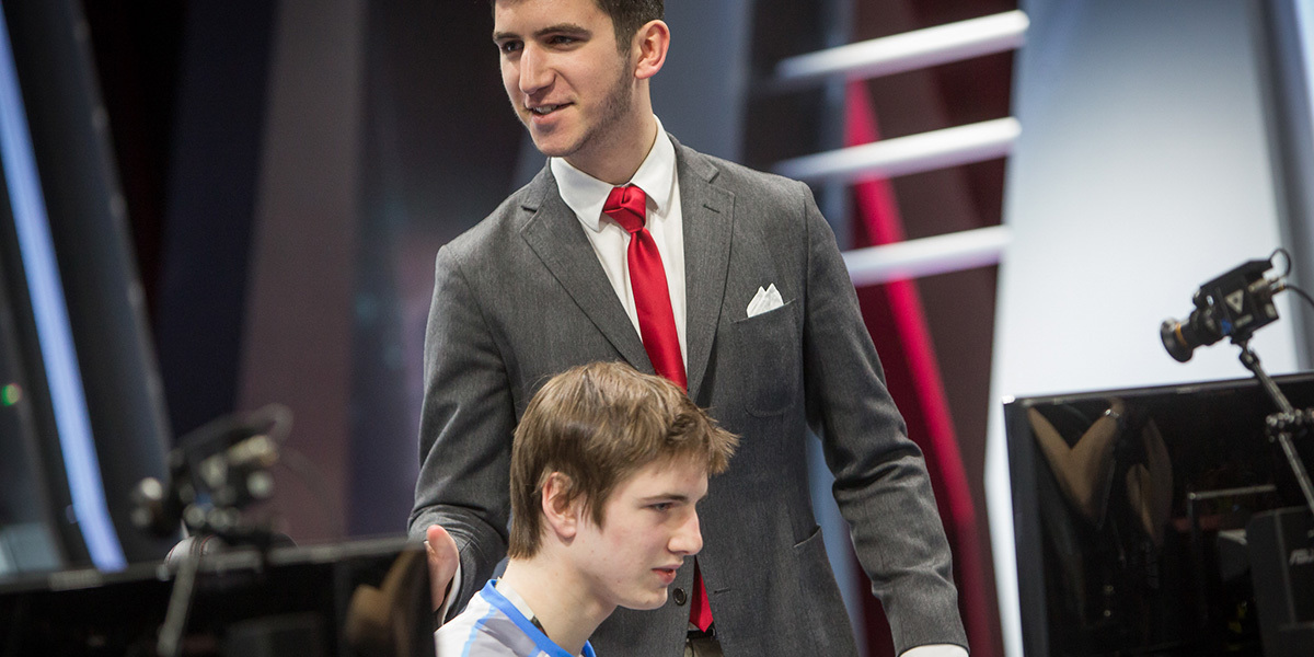 how to become an lcs coach