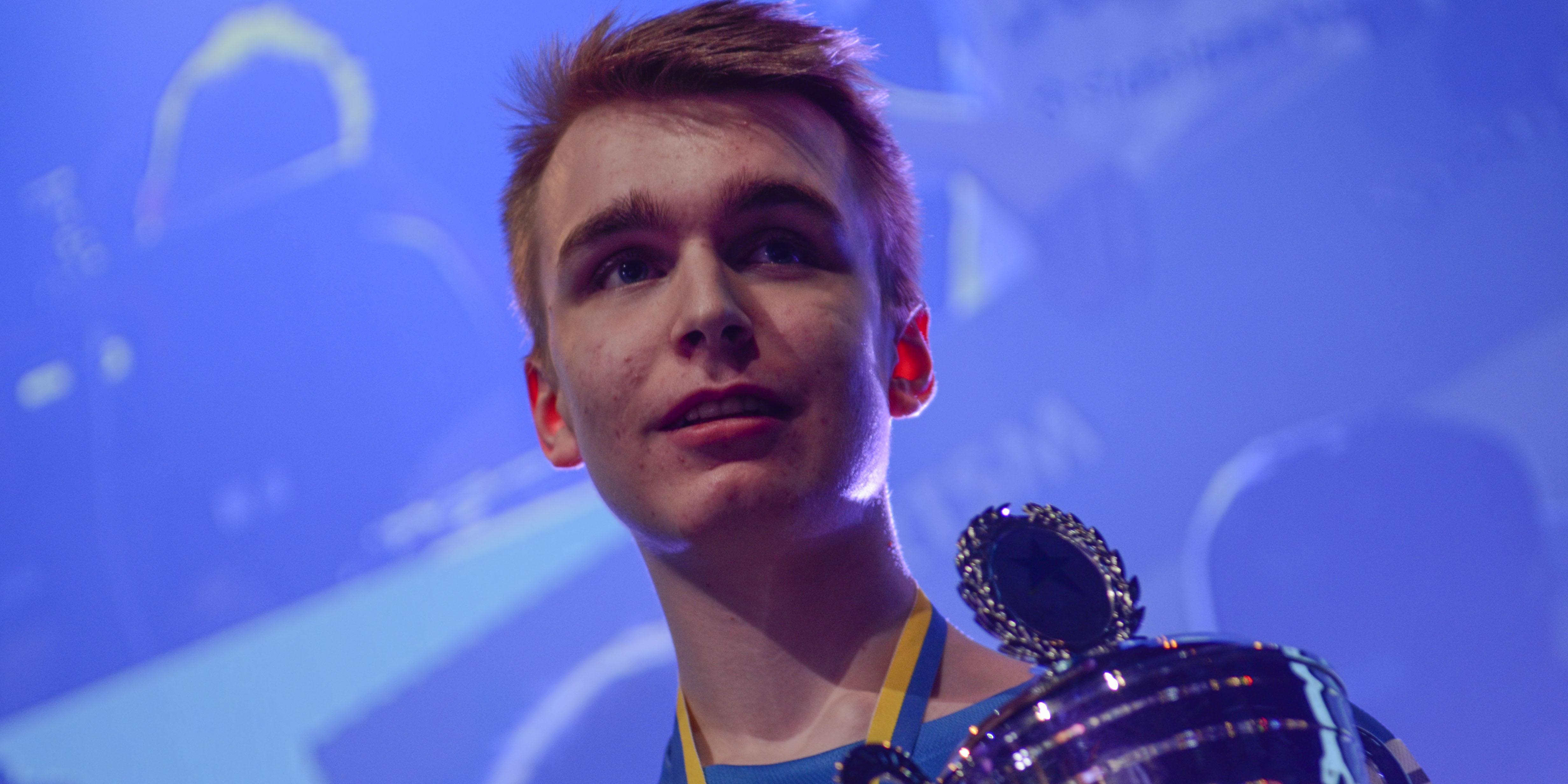 """Anton """"Zanster"""" Dahlström, svensk mästare i Starcraft"""